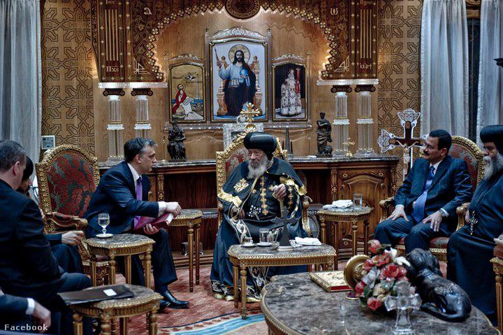 Orbán Viktor 2011-ben, Egyiptomban kopt keresztény egyházi vezetőkkel találkozott