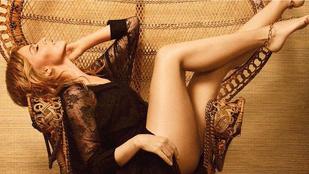 Ha elfelejtette volna, milyen szép Kylie Minogue feneke, hát tessék