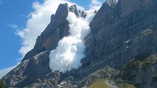 Nyári napsütésben is láthat lavinát