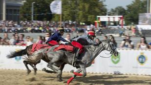 Megsérült egy lovas a Nemzeti Vágtán