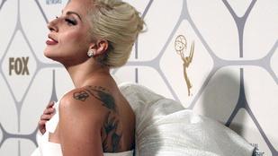 A félkarú, vagy a habzó Lady Gaga jobb?