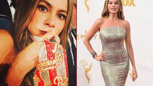 Sofía Vergara tömi magába a popcornt, mégis szoborszerű az alakja