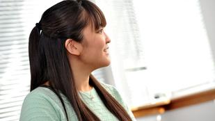Egy egész egyetemet átvert a japán császár unokája