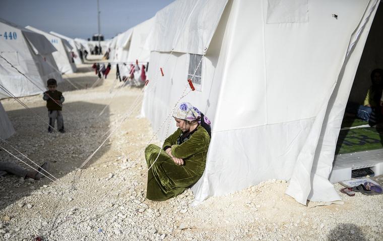 Menekülttábor Törökországban, Suruc közelében, Sanilurfa tartományban.