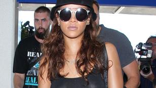 Rihanna otthon felejtette a melltartóját