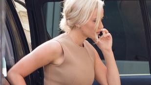 Jennifer Lawrence megint szőke ebben a nagyon előnytelen szettben